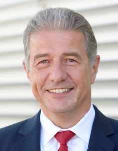 Believing that the growth strategy of ASM Assembly Systems has been confirmed,  CEO Günter Lauber is optimistic for 2016 despite some risks with regard to the economy.